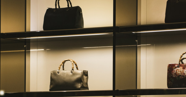 Case Study: Lulu Guinness: How a Handbag Giant Got a Handle on Customers